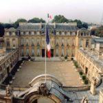 フランスマクロン大統領の年収は安いけど、お金持ちです
